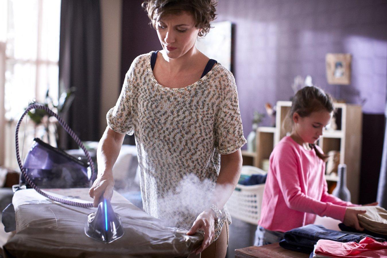 ¿Plancha de vapor o centro de planchado? Te ayudamos a elegir style=