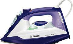 Plancha a vapor TDA3026110 de Bosch 2600 W con suela antiadherente, púrpura y blanco