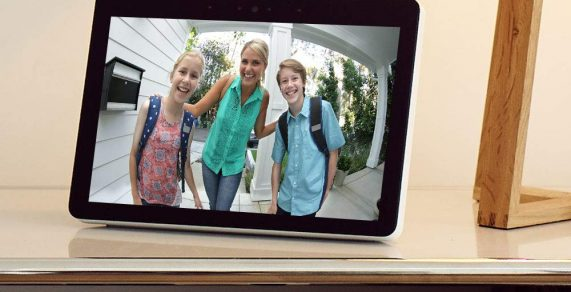 Así es el Amazon Echo Show, el octavo dispositivo de la familia Alexa