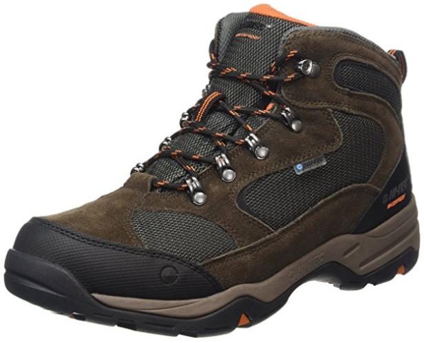 d97d9a37f7 Las Hi-Tec Storm Waterproof son unas botas prácticas y muy fáciles de  llevar que harán un gran servicio tanto al montañero experimentado como a  quien sólo ...